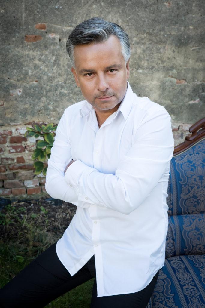 Marcin Bronikowski. Baritone